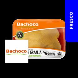 Pechuga Entera Con Hueso y Piel Bachoco Charola Aprox 900 gr